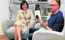 Maribel Gilsanz presenta su última novela, 'Autorretrato Postal'