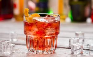 Hosteleros y supermercados de Valladolid colaborarán para evitar el consumo de alcohol entre menores en San Juan