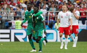 Senegal aprovecha el despropósito polaco