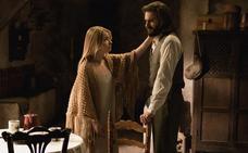 Antolina intenta animar a Isaac