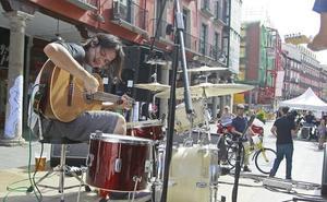Valladolid vive hoy un fiestón a un ritmo de 25 conciertos por hora