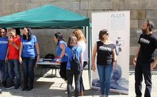 La solidaridad con los refugiados sale a las calles de Segovia