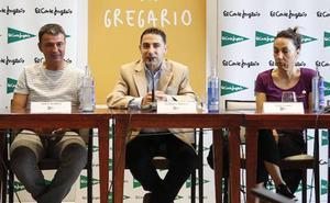 Dori Ruano y Santi Blanco apadrinan la presentación de 'Elogio del gregario', el último libro de Roberto Benito