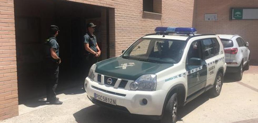 Servicios Sociales retira la tutela de 11 de sus 30 hijos a un vecino de Granada