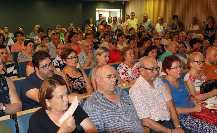 Asamblea de los afectados de iDental en Valladolid