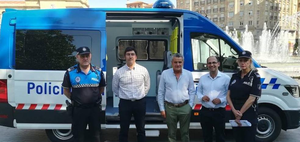La Policía de Valladolid tiene un nuevo vehículo desde el que puede enviar los atestados al juzgado