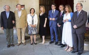 Salamanca rememora a Fray Luis de León con una «réplica» del encuentro de poetas del 53
