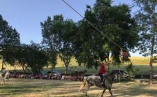 Cintas en bici y a caballo para festejar a San Pelayo