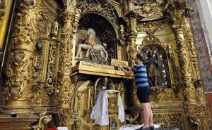 Las Angustias de Medina alerta del mal estado del retablo de la capilla