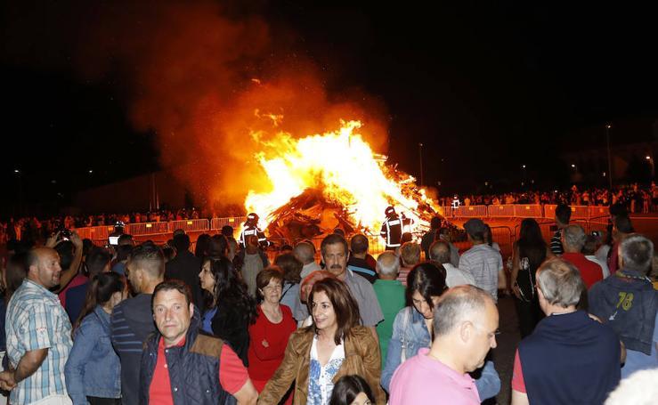 Hoguera de San Juan en Palencia