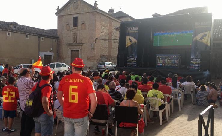 Así vive la provincia de Valladolid el partido España - Marruecos