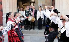 El movimiento vecinal y las universidades se hermanan en la fiesta del Barrio Antiguo