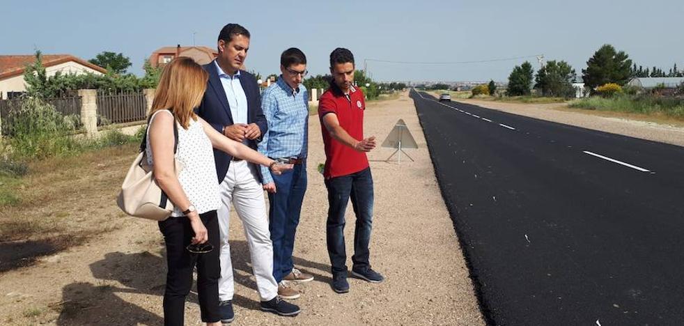 La Junta ejecuta las obras de mejora de la carretera entre Arcenillas y El Piñero