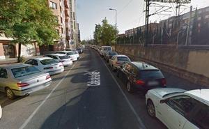 Detenido por simular robo de coche tras golpear a varios turismos aparcados