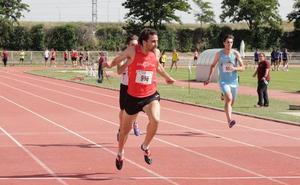 El calor preside el Provincial de atletismo al aire libre en Salamanca