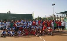 El Tenis Alba de Tormes domina las finales provinciales por equipos en Salamanca