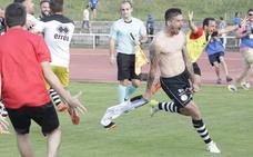 Razvan, el autor del gol del ascenso de Unionistas, se despide por carta para volver al Guijuelo