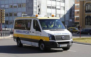 Un turismo colisiona contra un autobús con 25 pasajeros a bordo en Grijota