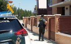 Detenido tras ser sorprendido robando en una vivienda de Saldaña