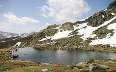 La laguna de Peñalara, una de las rutas más concurridas de la Sierra de Guadarrama