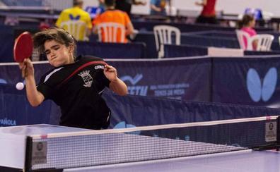 Ángela Rodríguez brilla en los nacionales de tenis de mesa