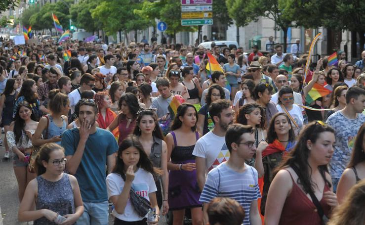 Manifestación en Valladolid con motivo del Día Internacional del Orgullo LGTBI