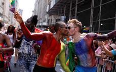Irlanda del Norte 'indulta' a miles de homosexuales condenados en el pasado