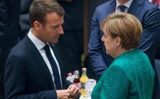 Italia juega duro el 'match ball' de Merkel