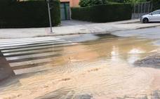 Un reventón deja sin agua a 900 clientes en Parquesol