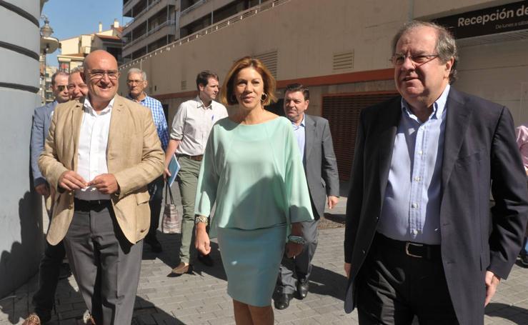 Dolores de Cospedal mantiene un encuentro en Valladolid con afiliados y simpatizantes