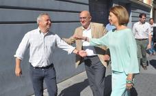 Cospedal llama en Valladolid al resto de aspirantes a condenar la excarcelación de presos de ETA