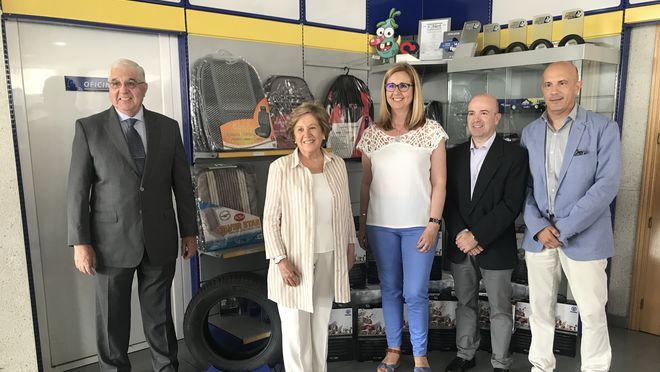 VíaLíder entrega a Banco de Alimentos 4.000 kilos de comida