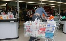 Los comercios segovianos empiezan este 1 de julio a cobrar por las bolsas