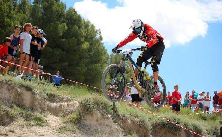 Espectáculo de 'mountain bike' en Baltanás
