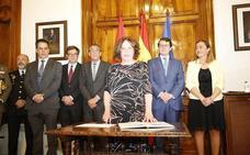 Pérez dará prioridad a la lucha contra la violencia de género y la pobreza
