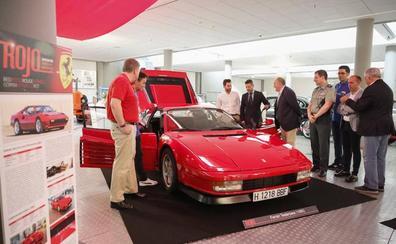 El Museo de Historia de la Automoción muestra 12 vehículos deportivos con la exposición 'Rojo'