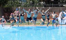 Valladolid se lanza al agua para luchar contra la esclerosis múltiple