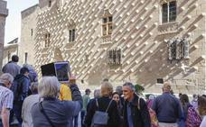 Salamanca propone unas gafas virtuales para recorrer la ciudad con el móvil