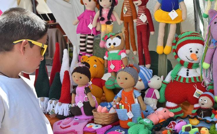 La Feria de Artesanía llena Aguilar de talento