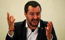 Salvini quiere cerrar los puertos italianos también a los inmigrantes rescatados por barcos militares