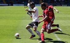 El Salmantino anuncia la salida una docena de jugadores a través de las redes sociales