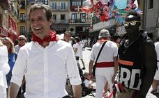 El PP se resiste a aceptar un debate entre Sáenz de Santamaría y Casado