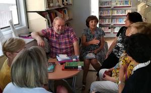 Los bibliobuses proponen acercarse a las letras a través de las 'Lecturas entre amigos'