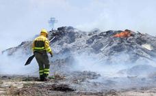 El incendio en la escombrera de Cuéllar, «cien por cien provocado»