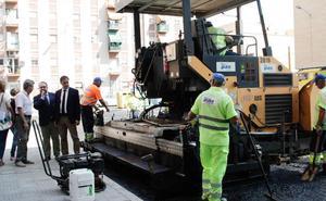 El Ayuntamiento renovará el firme de 50 calles de la ciudad durante julio, agosto y septiembre