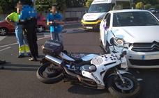 Herido un policía al ser arrollada su moto por un taxi en Valladolid