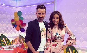 David Valldeperas felicita a Carmen Alcayde por su aniversario de bodas