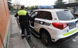 Llaman a la Policía en Vitoria porque no tenían bolígrafo para rellenar el parte de accidente