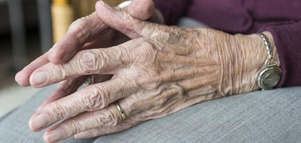 Un despacho leonés consigue probar que la Seguridad Social embarga indebidamente las pensiones
