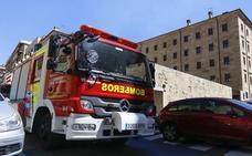Los bomberos evalúan el estado de los 1.100 hidrantes de la capital
